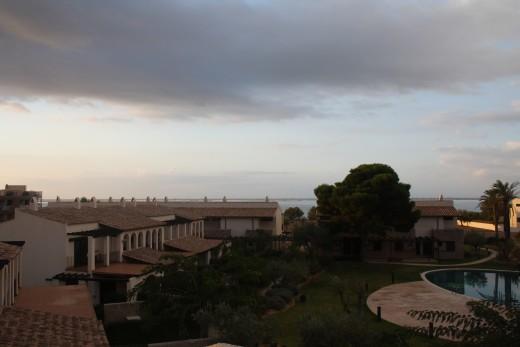 The Sunrise - L'Perrelo, L'Ampola, Spain