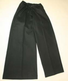 Trousers with one leg wider than the other