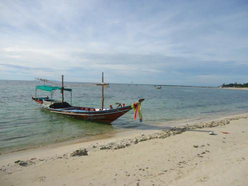 Places around the world: Beach in Thailand