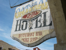 The old sign hanging at the Oatman Hotel.