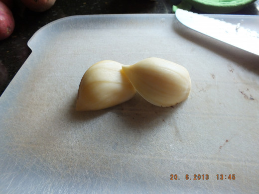 Mince your garlic for immediate aromatherapy!