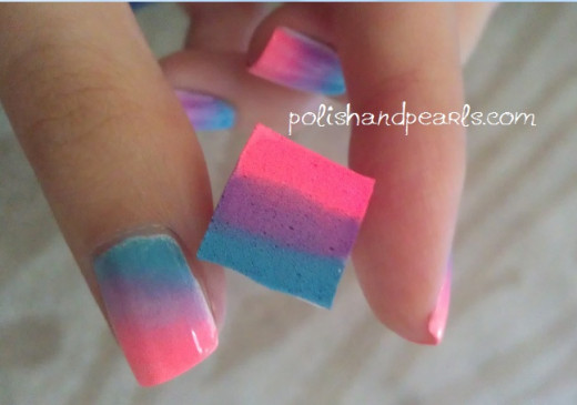Sponge used for gradient nails
