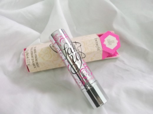 Fake Up tube and outer packaging.