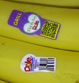 """Grill"" Sticker on Dole Bananas"