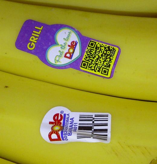 """Grill"" Sticker on Dole Bananas"