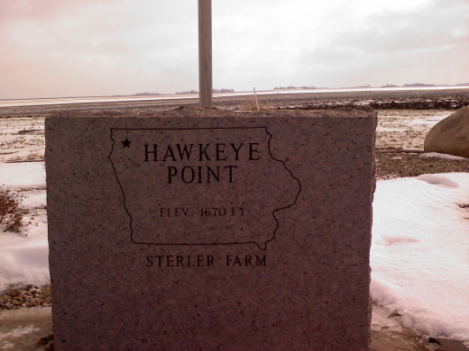 The top of Iowa marker at Hawkeye Point.