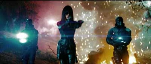 Sienna Miller as The Baroness, GI Joe Screen Cap