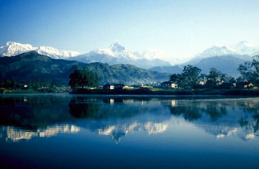 Phewa Lake against the backdrop of Machhapuchhre Mountain