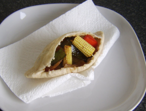 Quick and easy vegetarian stir fry pitta bread sandwich