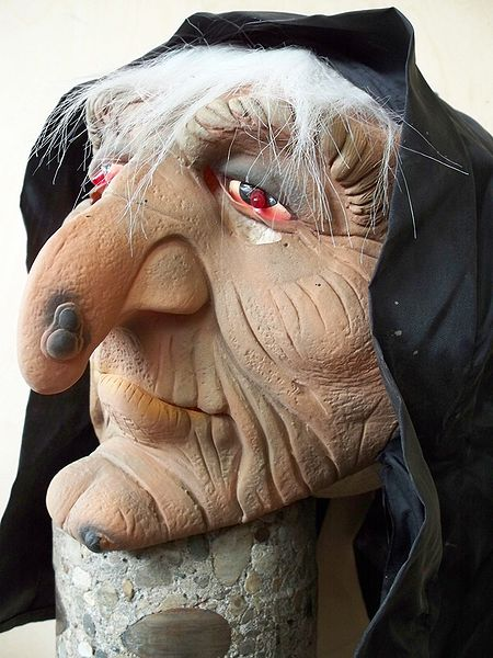 You can find some awesome ladies Halloween Costumes for under $10 if you shop around.