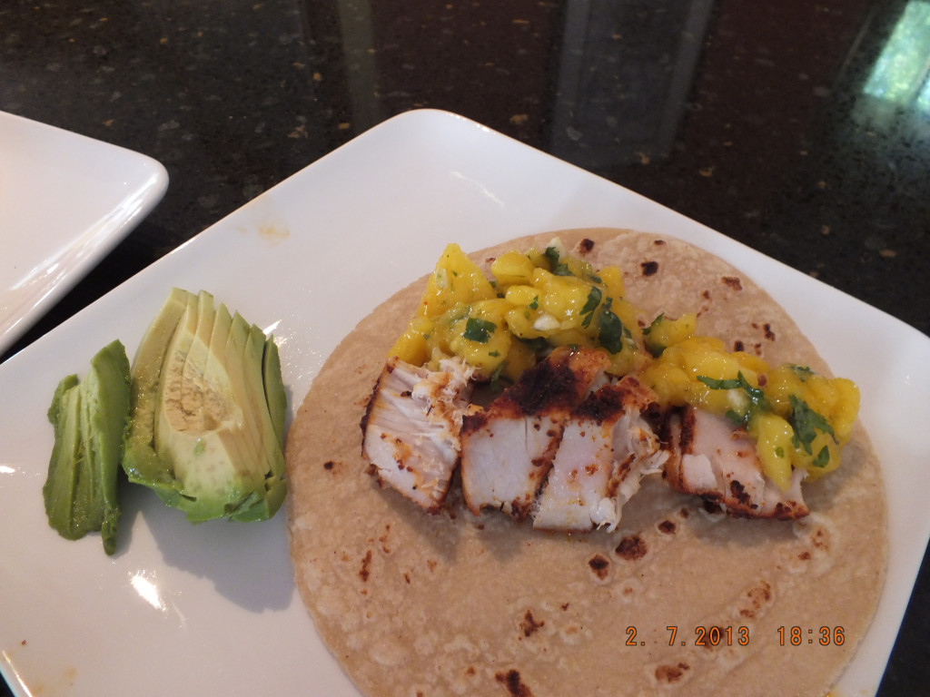 Gluten free healthy fish tacos with mango salsa for Salsa for fish tacos