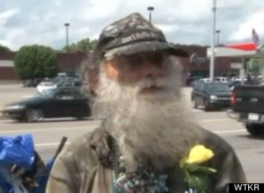 This man Mr. David Norton despite being homeless gives flowers to strangers to brighten their day.