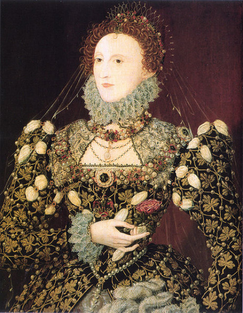 Elizabeth I, a power dresser