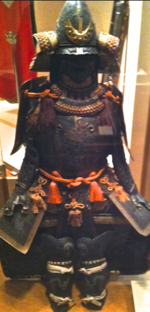 The armor of the Japanese feudal lord Date Yoshimura (New York Metropolitan Museum)
