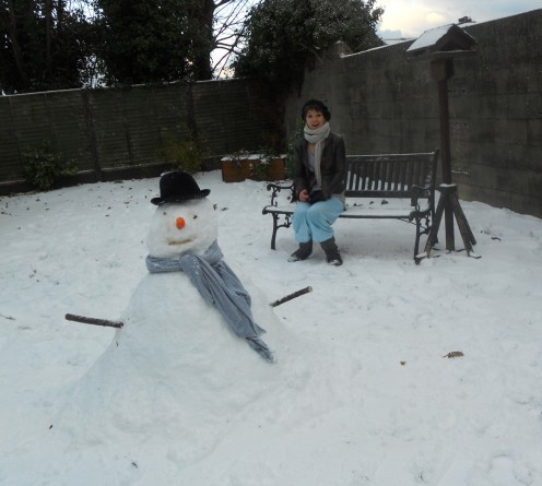 Making a snow man in your back garden can be great fun. Ask your children or grandchildren to help and see how much fun it can be.