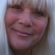 Carol Bogart profile image