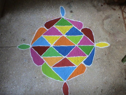 Traditional Indian Art : Colourful Indian Rangoli ; How To Draw Rangolis And it's Significance!