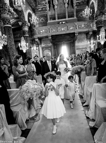 Wedding In Italy http://www.weddingphotographer.it/index_old.htm