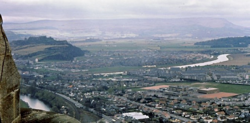 Causewayhead from the Wallace Monument Looking south west over Causewayhead and the River Forth towards Stirling Castle.
