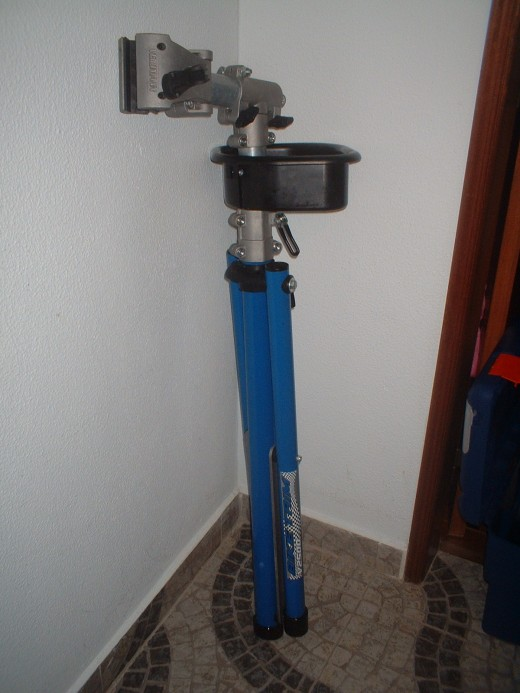 Folded Bicycle Repair Stand