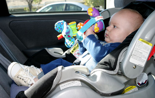 Rear facing safety seat