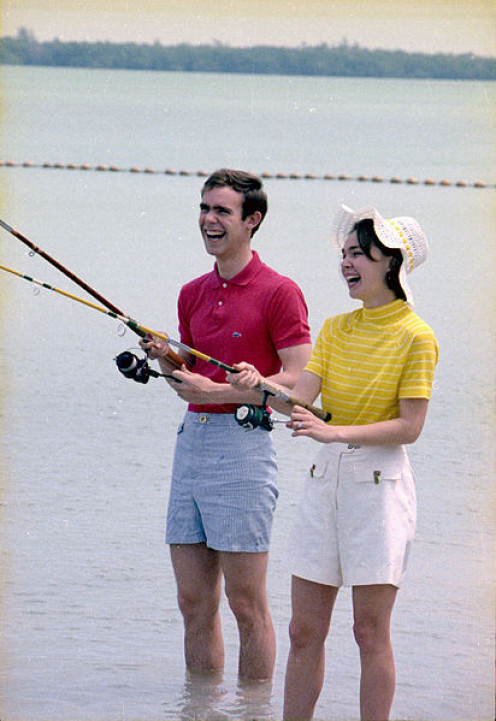 David and Julie Eisenhower fishing and matching with summer fashion 1971