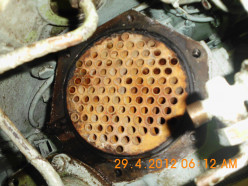 Mild scale deposits in an Auxiliary Engine Lubricating Oil Cooler
