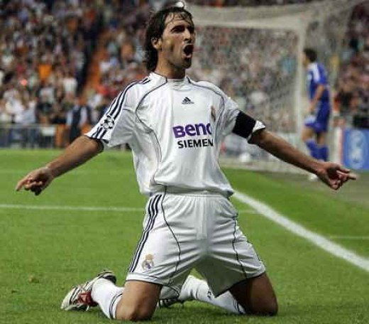 Raul scores again for Real Madrid!