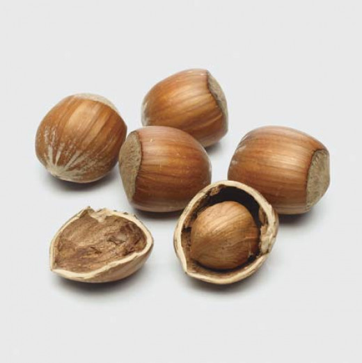 Not only do hazelnuts provide 31% DV of vitamin B6 per 100 gram serving, it also provides a great source of potassium and copper. Not to mention it's the perfect snack for those on the go.