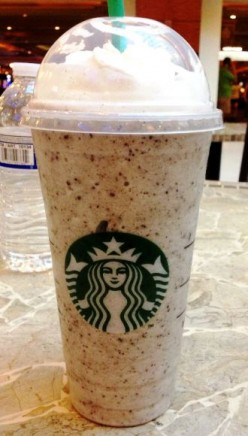 Starbucks Banana Chocolate Chip Frappuccino