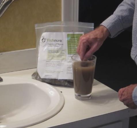 Image 1 - Mixing Humus Compost Sample