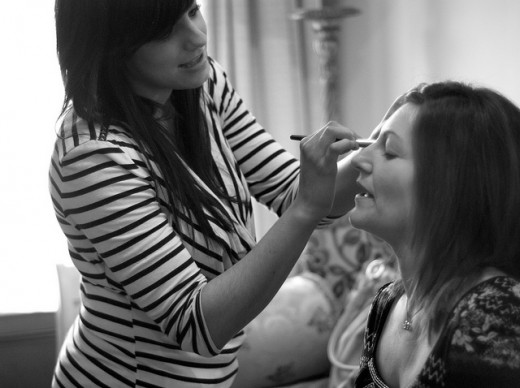 Wedding Makeup Artists and What They Provide