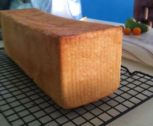 Beautiful square edges make perfect sandwich-size slices and excellent French toast!