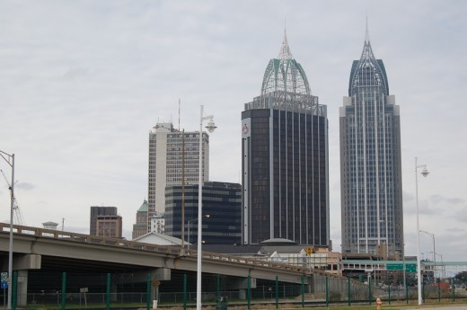 Downtown Mobile features the state's largest building, the RSA Tower.