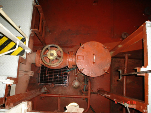 Bilge Well Covered with Grill, for Collecting Bilge from Various Places in Engine Room