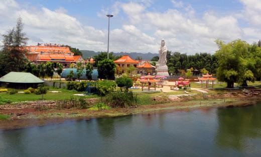 Kuang Im Chinese Buddhist Temple, Kanchanaburi, Thailand