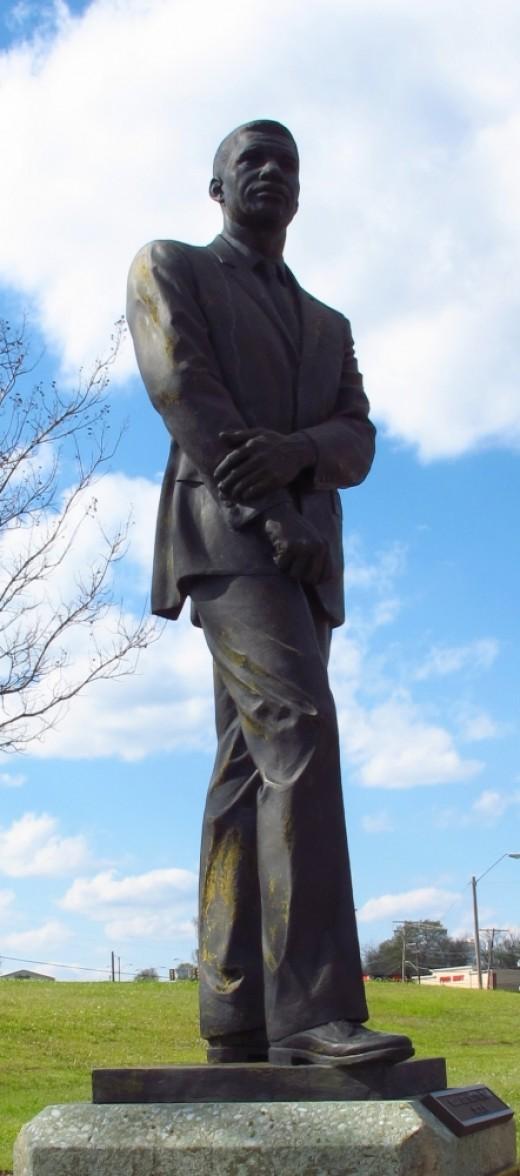 Medgar Evers statue