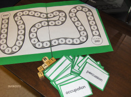 Word Work pocket game to reinforce syllabication rules.