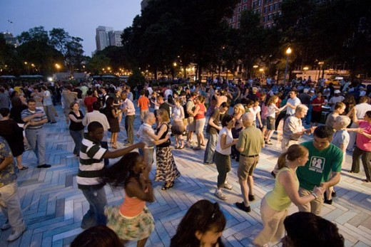 Chicago Summer Dance outside at Grant Park