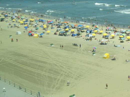 Virgina Beach Vacationers Having Fun