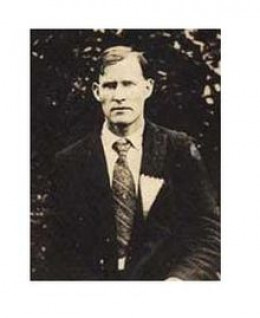 Floyd Collins was trapped in Mammoth Cave in 1925.