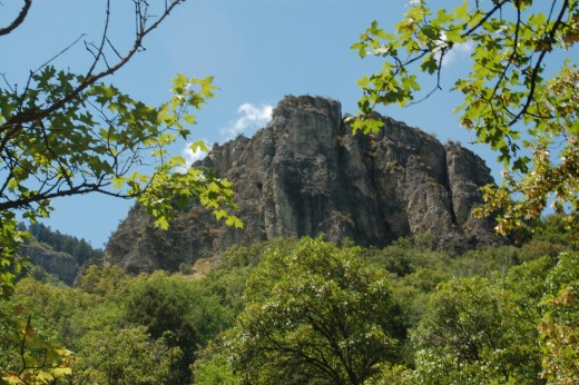 Rock outcropping seen from Wind Cave trail