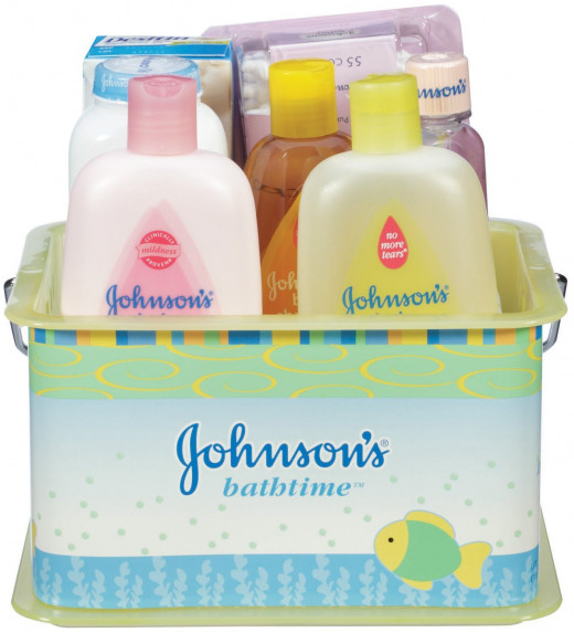 Johnsons Bathtime Essential Gift Set