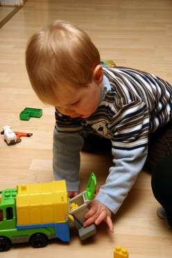 Tips on Choosing Safe Toys For Your Child