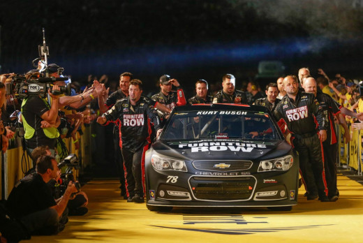 Kurt Busch and crew entering this year's All Star Race