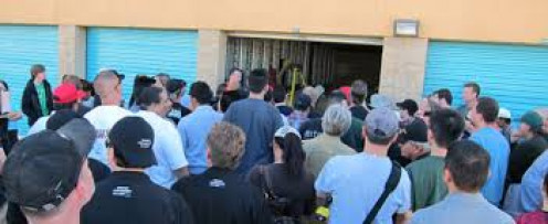 Sometimes, hundreds of people show up trying to win a storage unit. Start bidding low as possible.