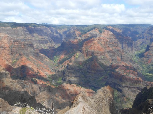 "The ""Grand Canyon of the South Pacific"" otherwise known as Waimea Canyon in Hawaii. A beautiful place to make sure to put on your bucket list."