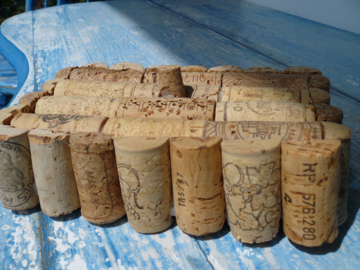 Step #5 Cut corks in half and glue flat side to top of box.