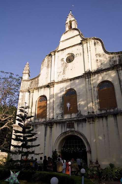 India's oldest church, est. in 1500 by the Portuguese. The Portuguese explorer Vasco da Gama was first buried here before his remains were exhumed and shipped off back home.