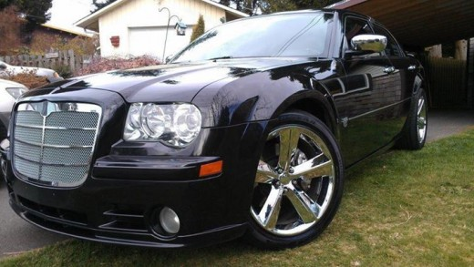 Troy Travis' Chrysler 300.